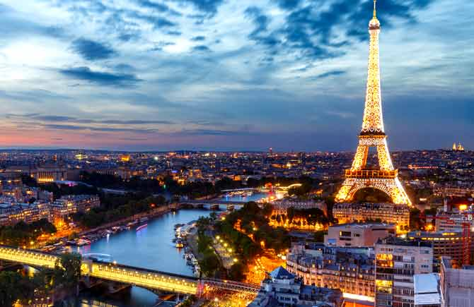 پاریس تیر و مرداد 98
